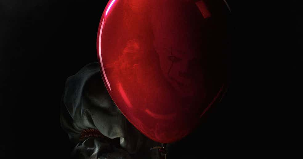 IT di Stephen King: nuove immagini del terrificante Pennywise